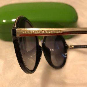 6526fbd5f5 kate spade Accessories - NIB Kate Spade ♤ Annabeth sunglasses 
